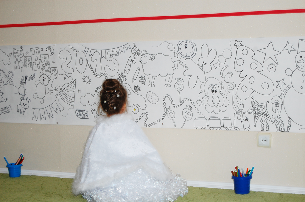 королева малює